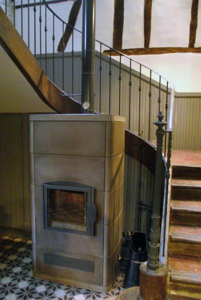 hiemstra po les de masse accumulation de chaleur hautes performances finition b ton cir. Black Bedroom Furniture Sets. Home Design Ideas